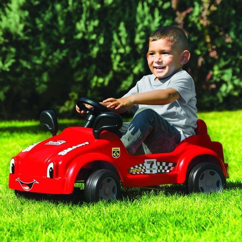 Машина с педалями для детей